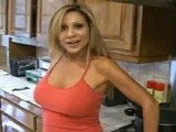 Seductive Girlfriends Mommy Surprised In Kitchen